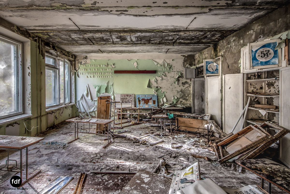 Tschernobyl-Chernobyl-Prypjat-Urbex-Lost-Place-Duga-Schule-Kino-19.jpg
