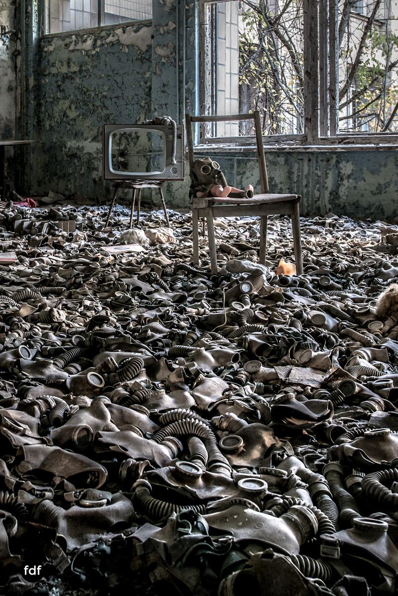 Tschernobyl-Chernobyl-Prypjat-Urbex-Lost-Place-Gasmasken-Schwimmbad-3.jpg