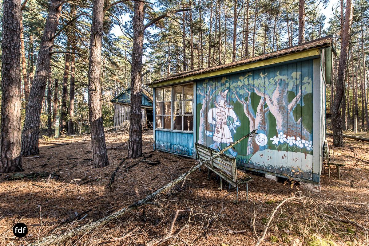 Tschernobyl-Chernobyl-Prypjat-Urbex-Lost-Place-Kinderferienlager-7.jpg