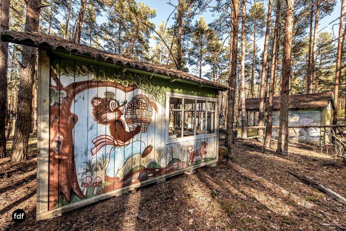Tschernobyl-Chernobyl-Prypjat-Urbex-Lost-Place-Kinderferienlager-8.jpg