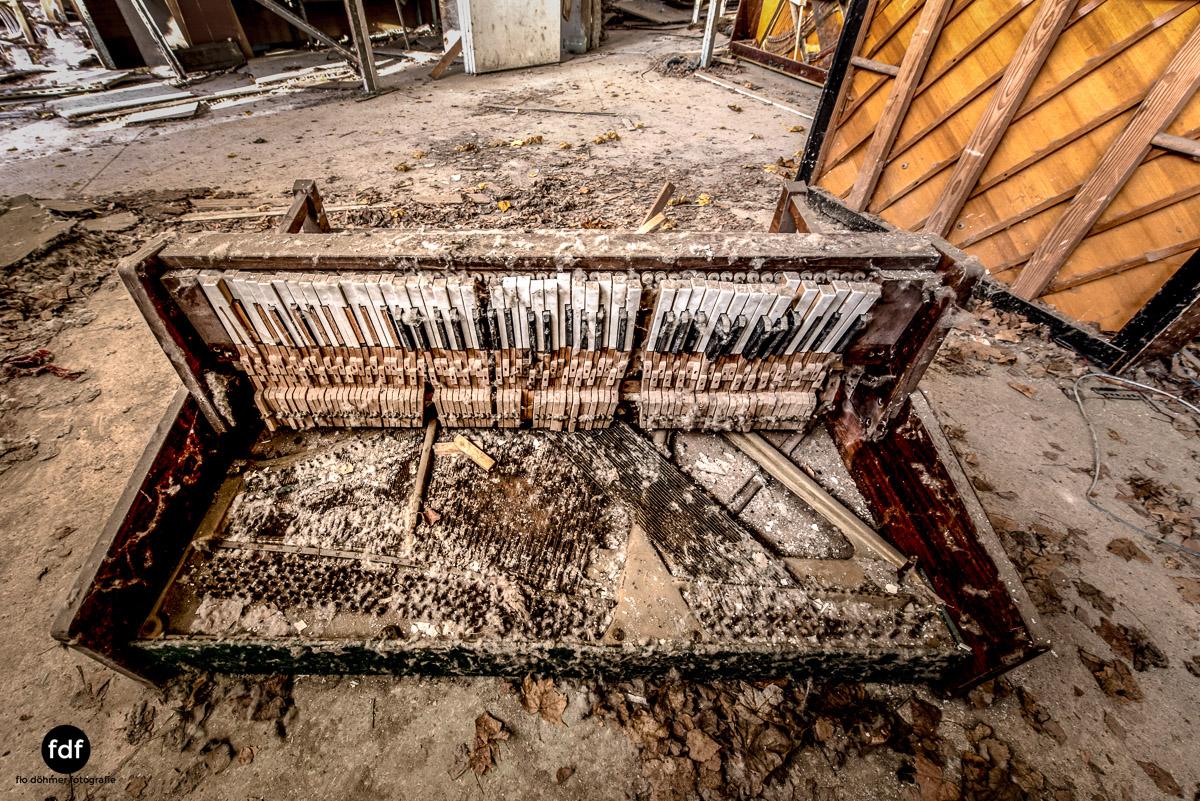 Tschernobyl-Chernobyl-Prypjat-Urbex-Lost-Place-Klavierhaus-Kindergarten-5.jpg