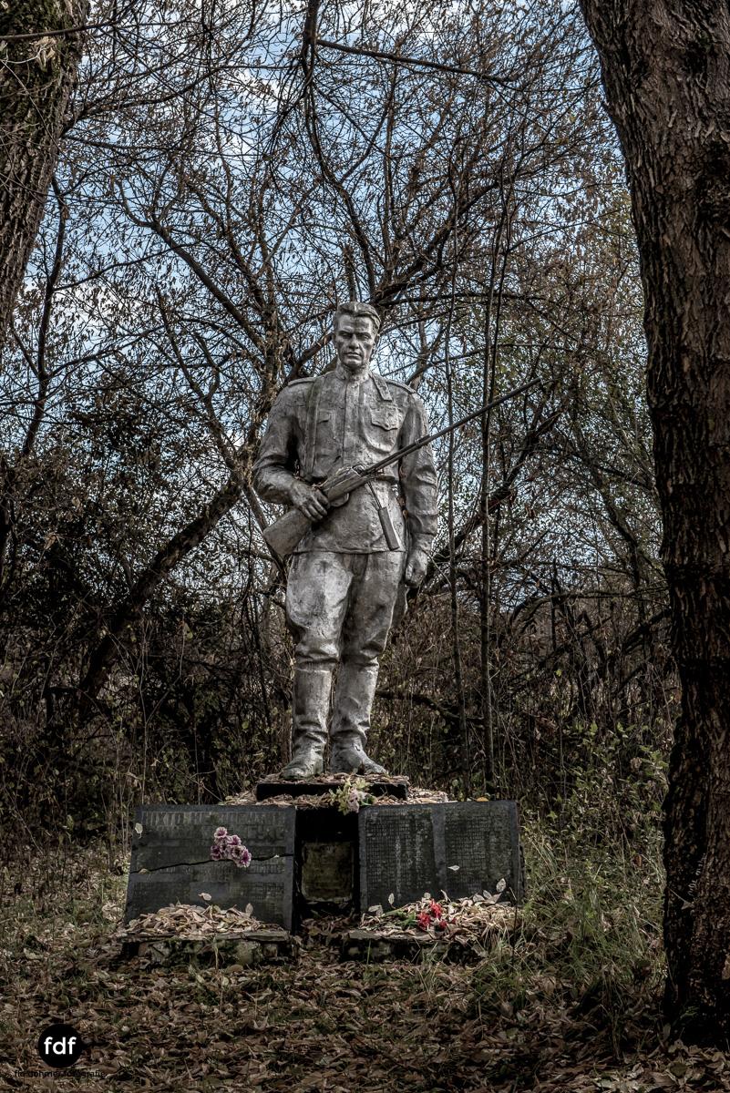 Tschernobyl-Chernobyl-Prypjat-Urbex-Lost-Place-Paryshev-Krasny-17.jpg
