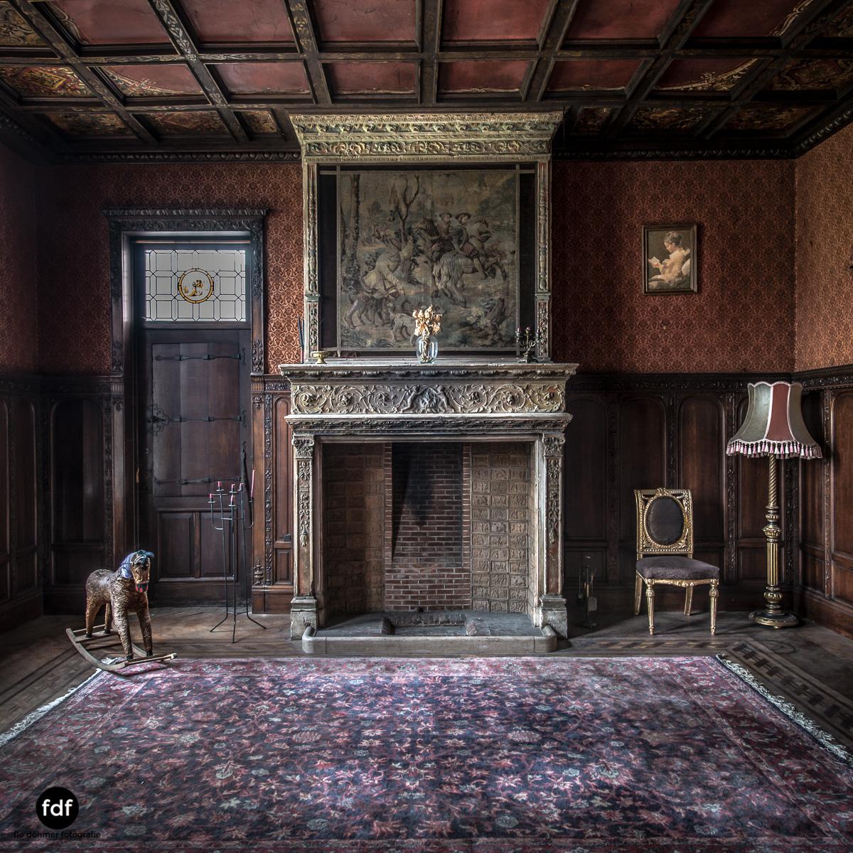 Town-Mansion-Villa-Stadthaus-Urbex-Lost-Place-13.jpg