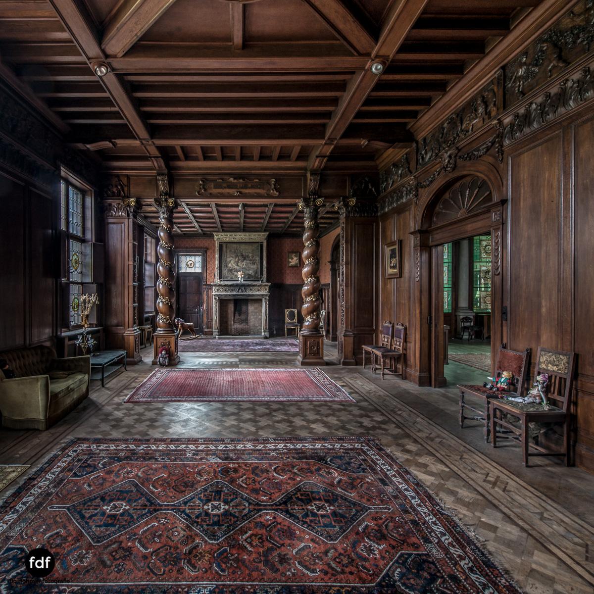 Town-Mansion-Villa-Stadthaus-Urbex-Lost-Place-15.jpg
