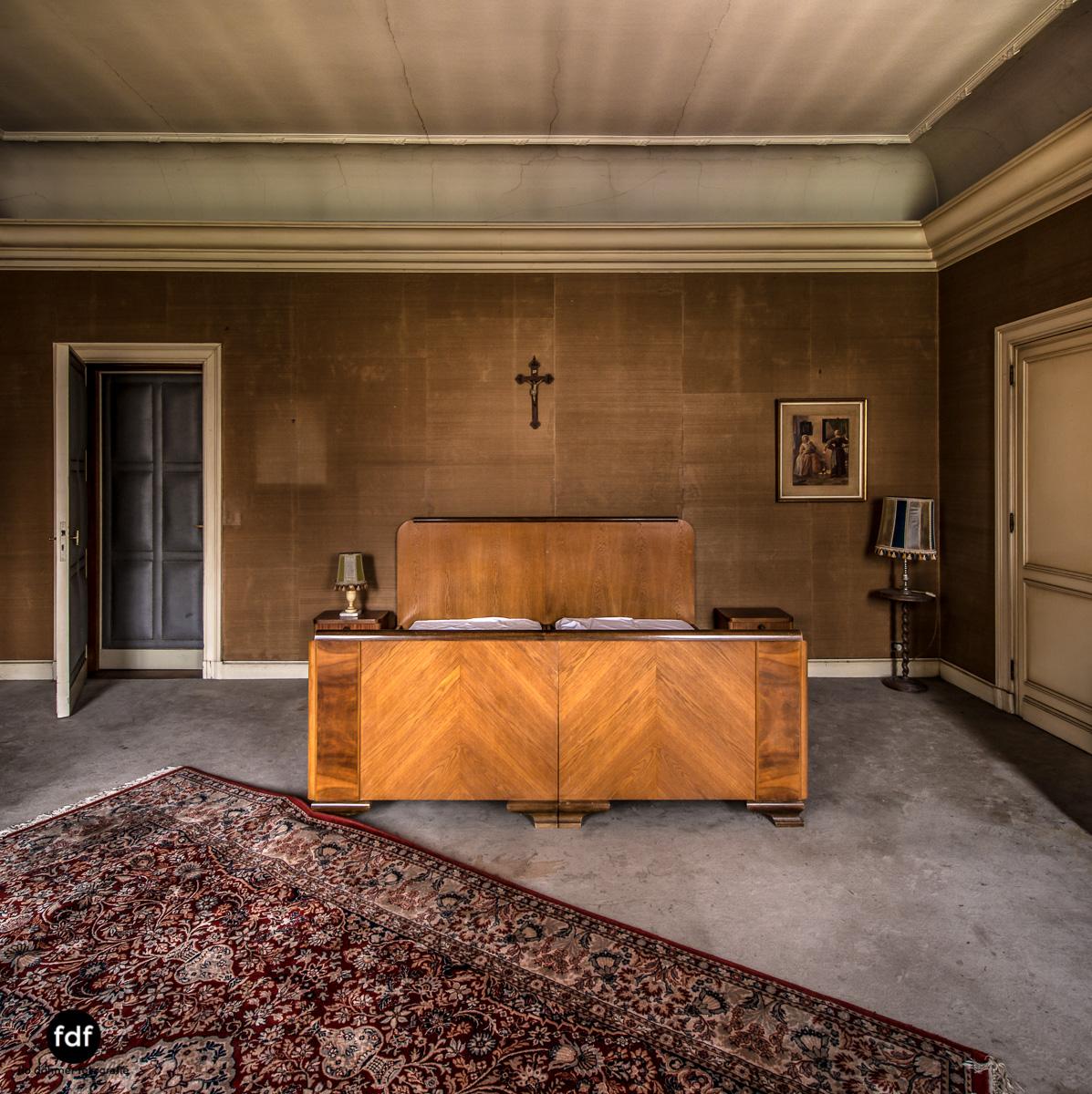 Town-Mansion-Villa-Stadthaus-Urbex-Lost-Place-29.jpg