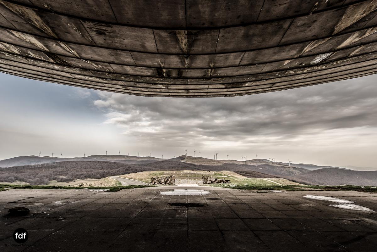 Buzludzha-Monument-Kommunismus-UFO-Shipka-Bulgarien-Lost-Place-385.JPG