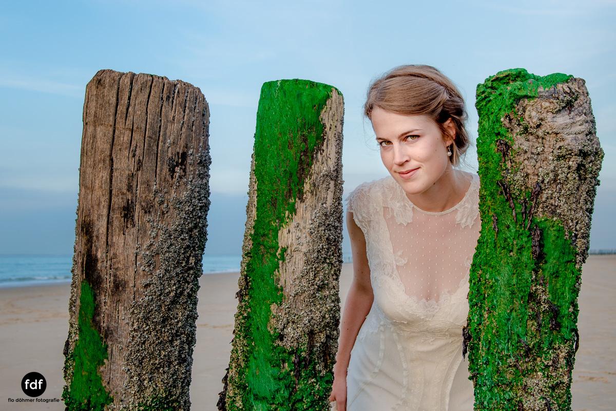 Braut-Meer-Hochzeit-Brautkleid-Shooting-Cadzand (704 von 7).JPG