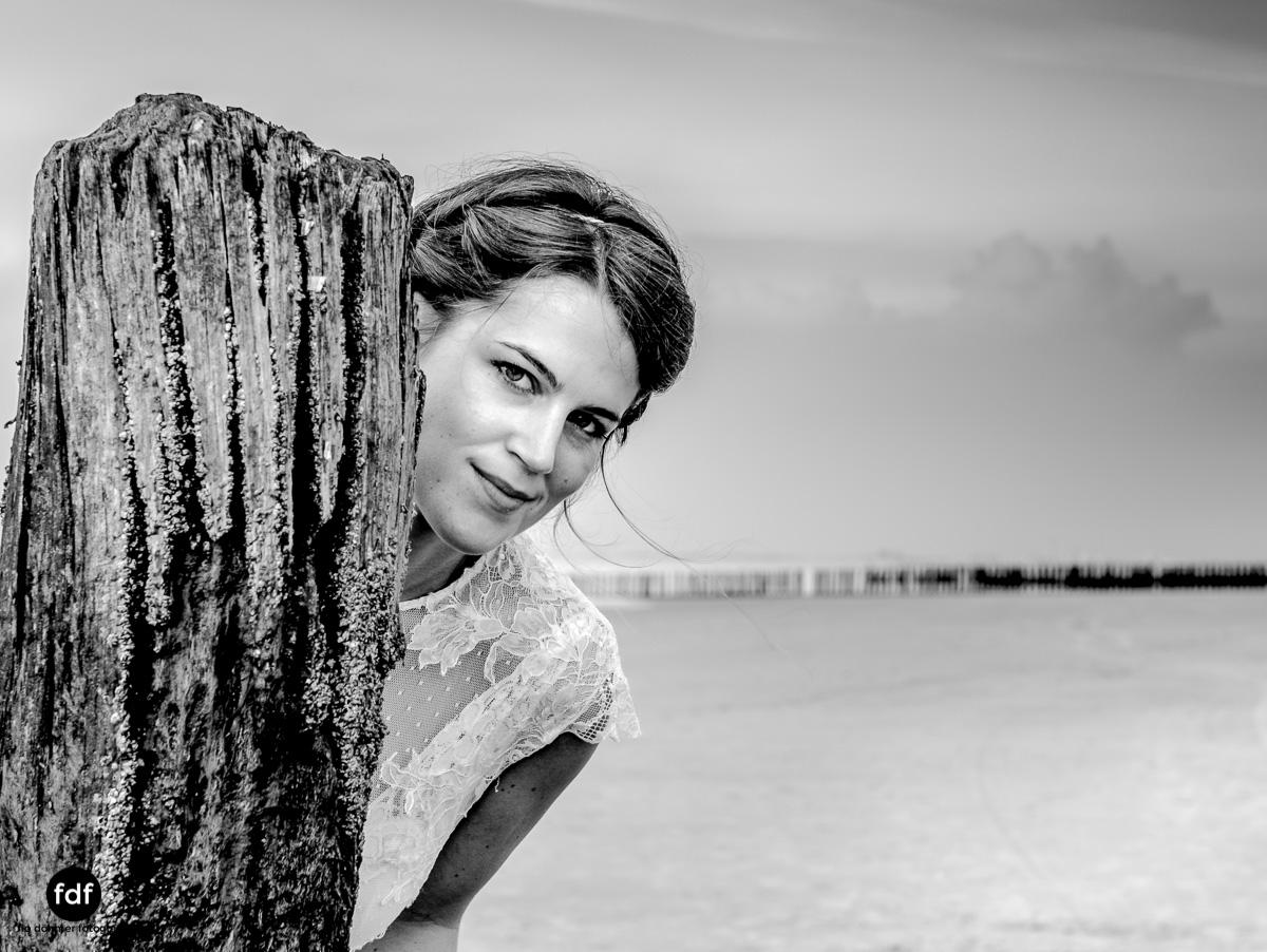 Braut-Meer-Hochzeit-Brautkleid-Shooting-Cadzand (706 von 7).JPG