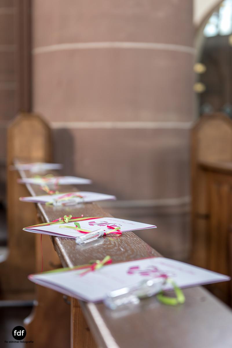Hochzeit-S&J-Der-Tag-Kirche-Brautkleid-Wedding-1.JPG
