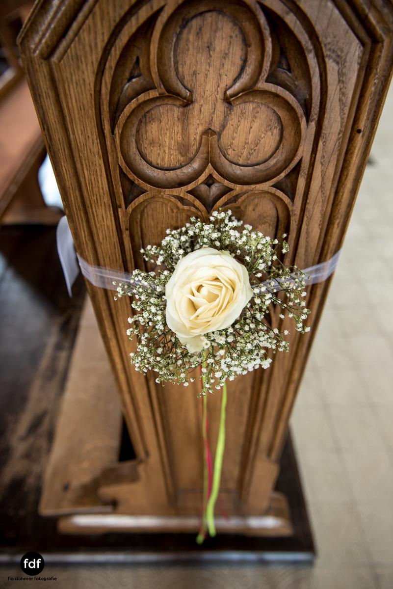 Hochzeit-S&J-Der-Tag-Kirche-Brautkleid-Wedding-3.JPG