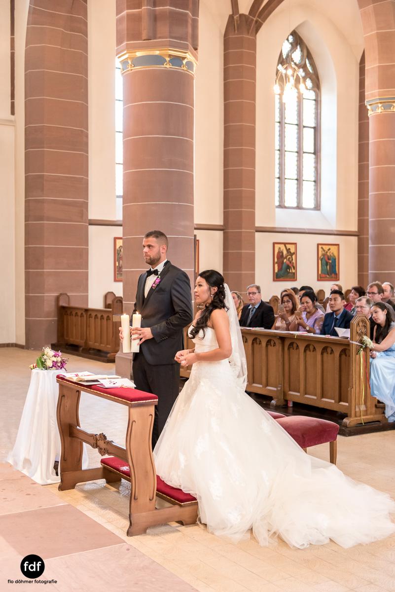 Hochzeit-S&J-Der-Tag-Kirche-Brautkleid-Wedding-21.JPG