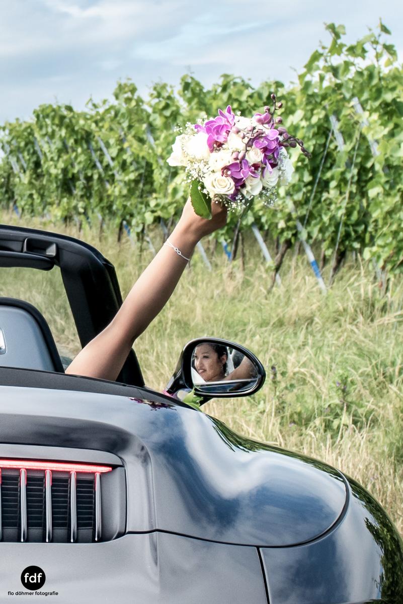 Hochzeit-S&J-Shooting-Porsche-911-Portraits-Brautkleid-Wedding-10.JPG