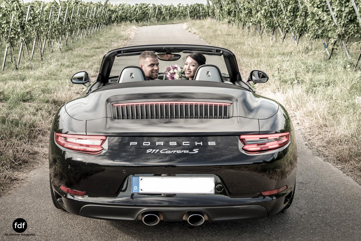 Hochzeit-S&J-Shooting-Porsche-911-Portraits-Brautkleid-Wedding-12.JPG