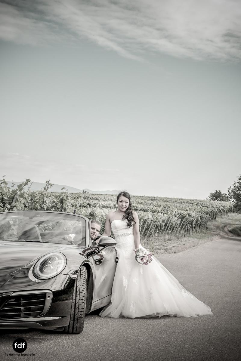 Hochzeit-S&J-Shooting-Porsche-911-Portraits-Brautkleid-Wedding-19.JPG