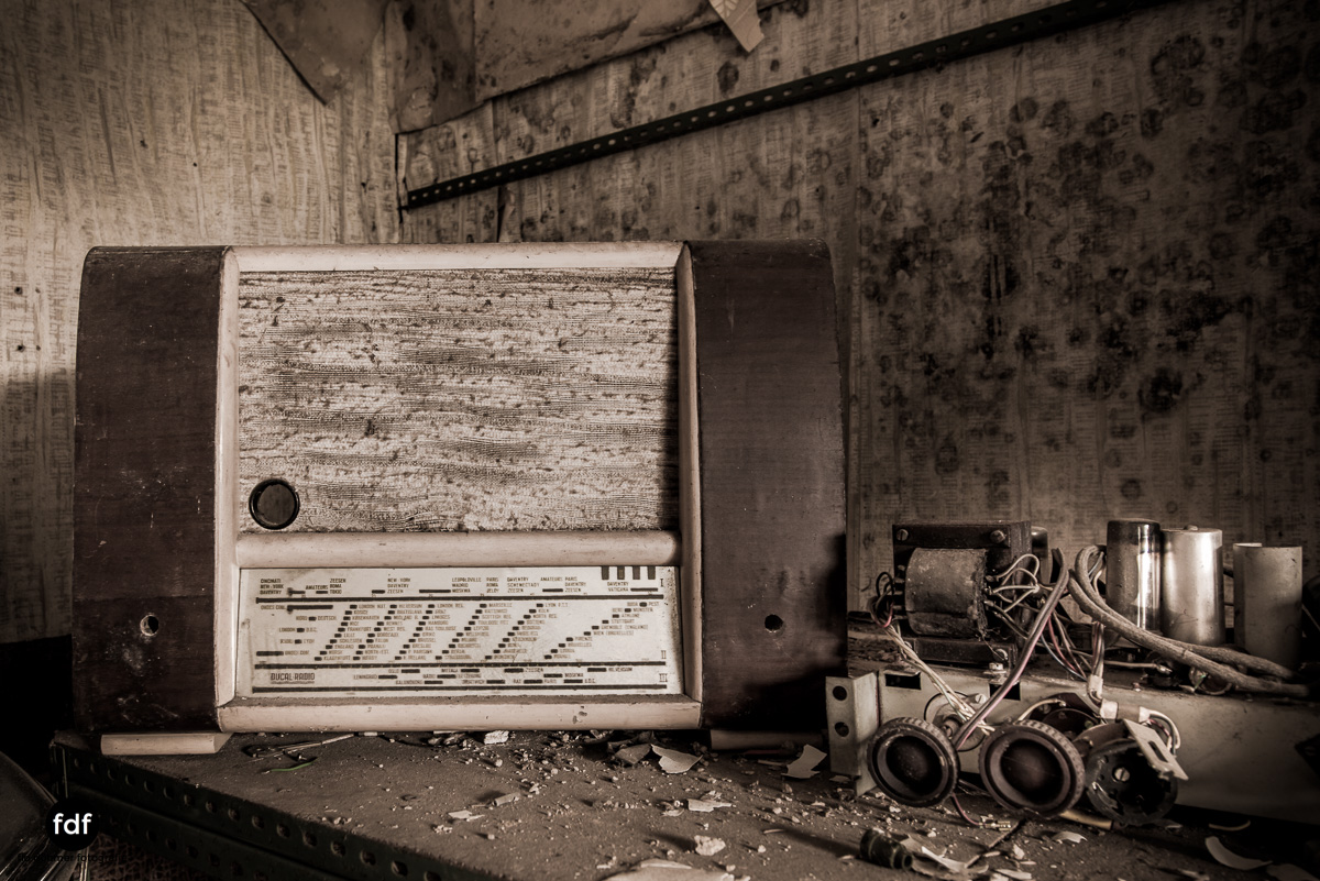 Manfred le reparateur-Lost-Place-Urbex-7.JPG