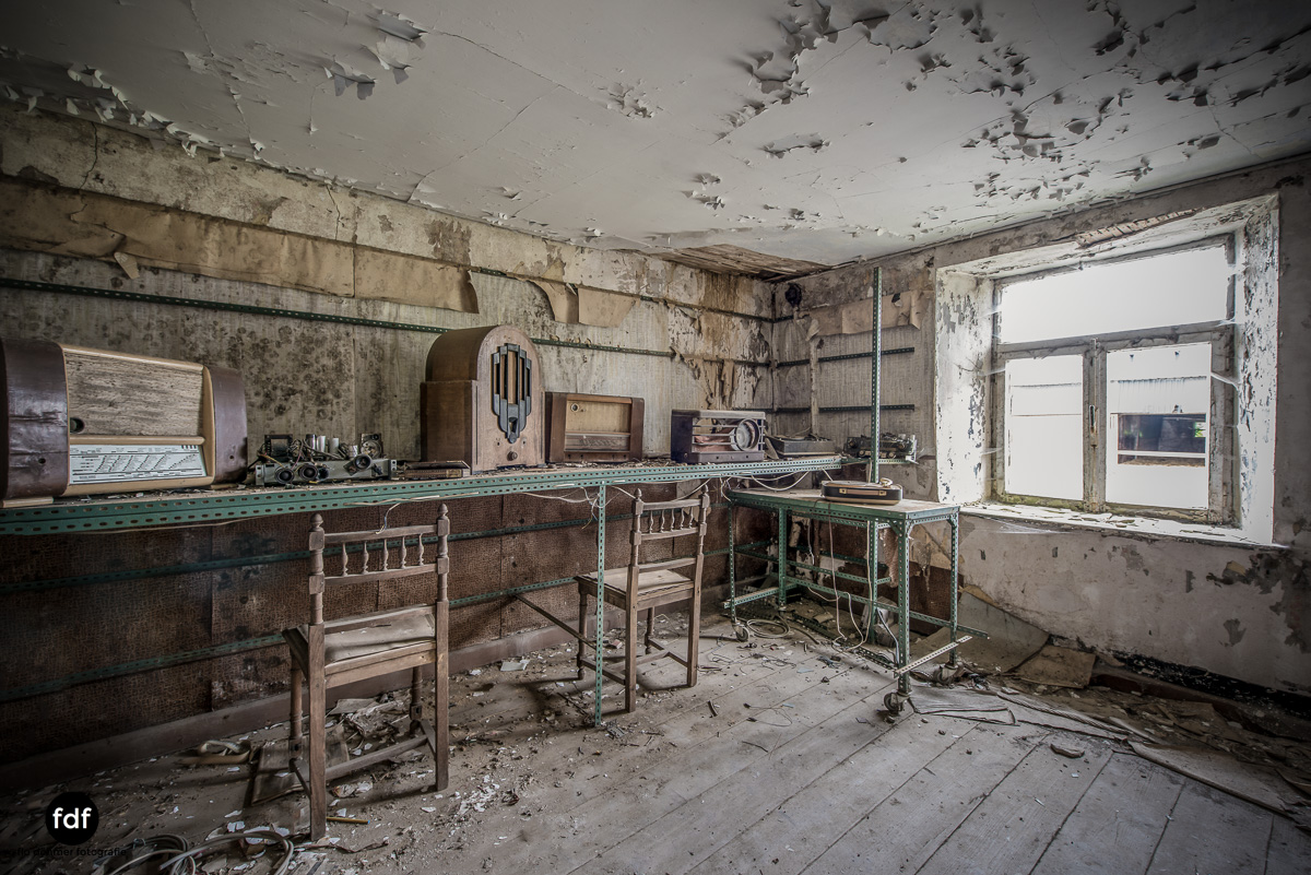 Manfred le reparateur-Lost-Place-Urbex-18-Bearbeitet.JPG