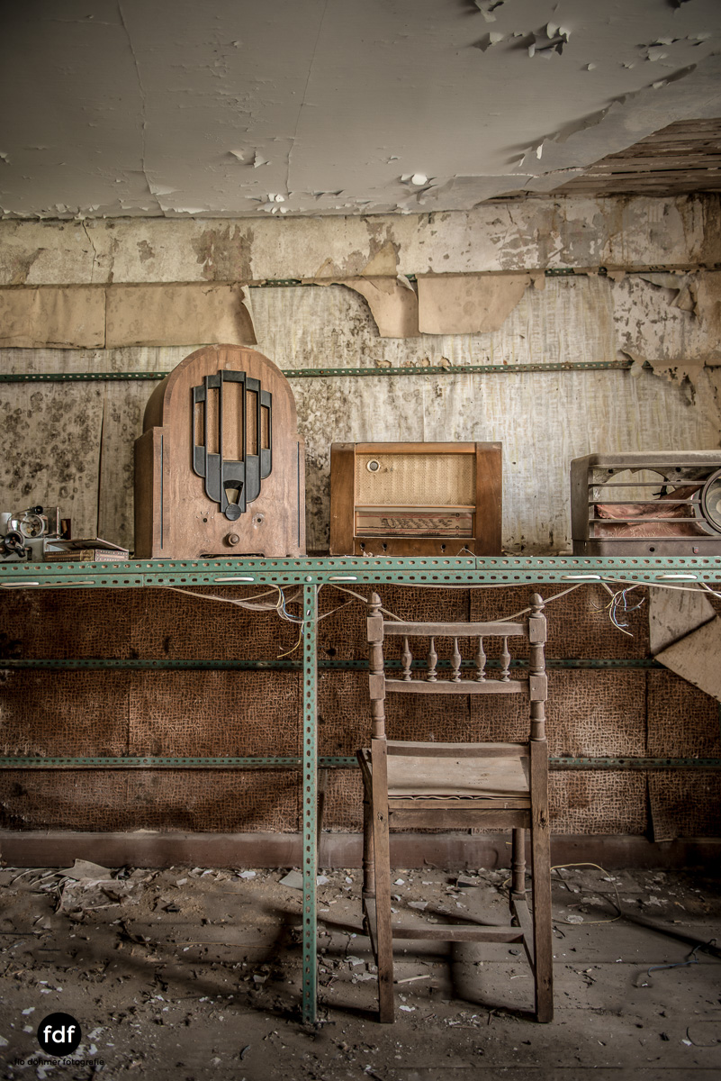 Manfred le reparateur-Lost-Place-Urbex-46-Bearbeitet.JPG