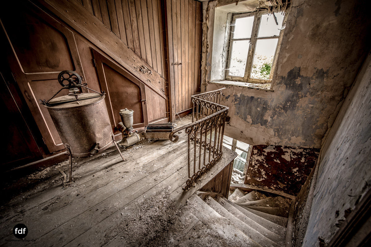 Manfred le reparateur-Lost-Place-Urbex-55-Bearbeitet.JPG