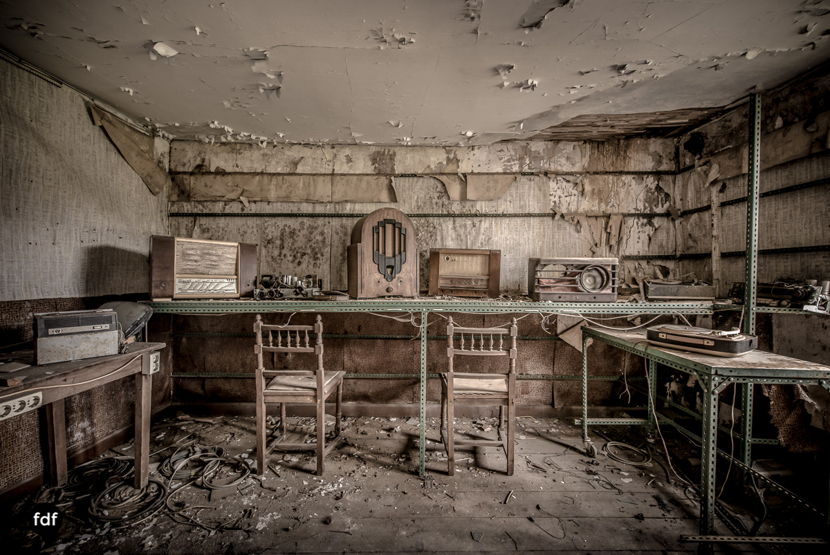 Manfred le reparateur-Lost-Place-Urbex-6-Bearbeitet.JPG