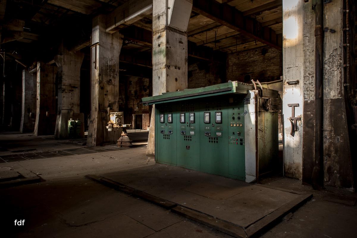 Powerplant V-Kraftwerk-Kohle-Lost-Place-264.JPG