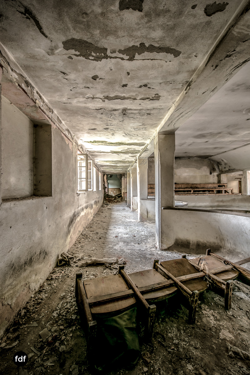 Das weisse Piano Theater Lost Place-87.JPG