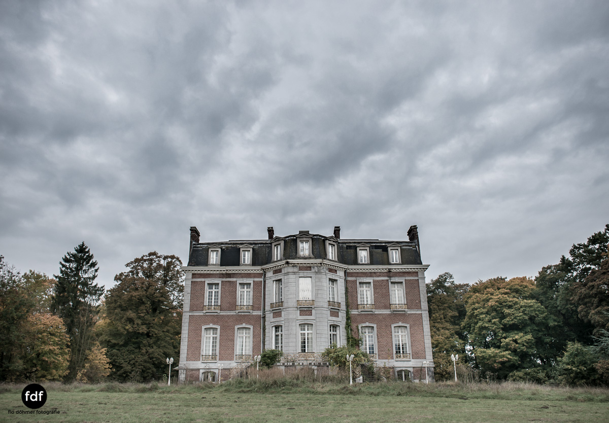 Hotel Cheminee Chateau Belgien Lost Place-3.JPG