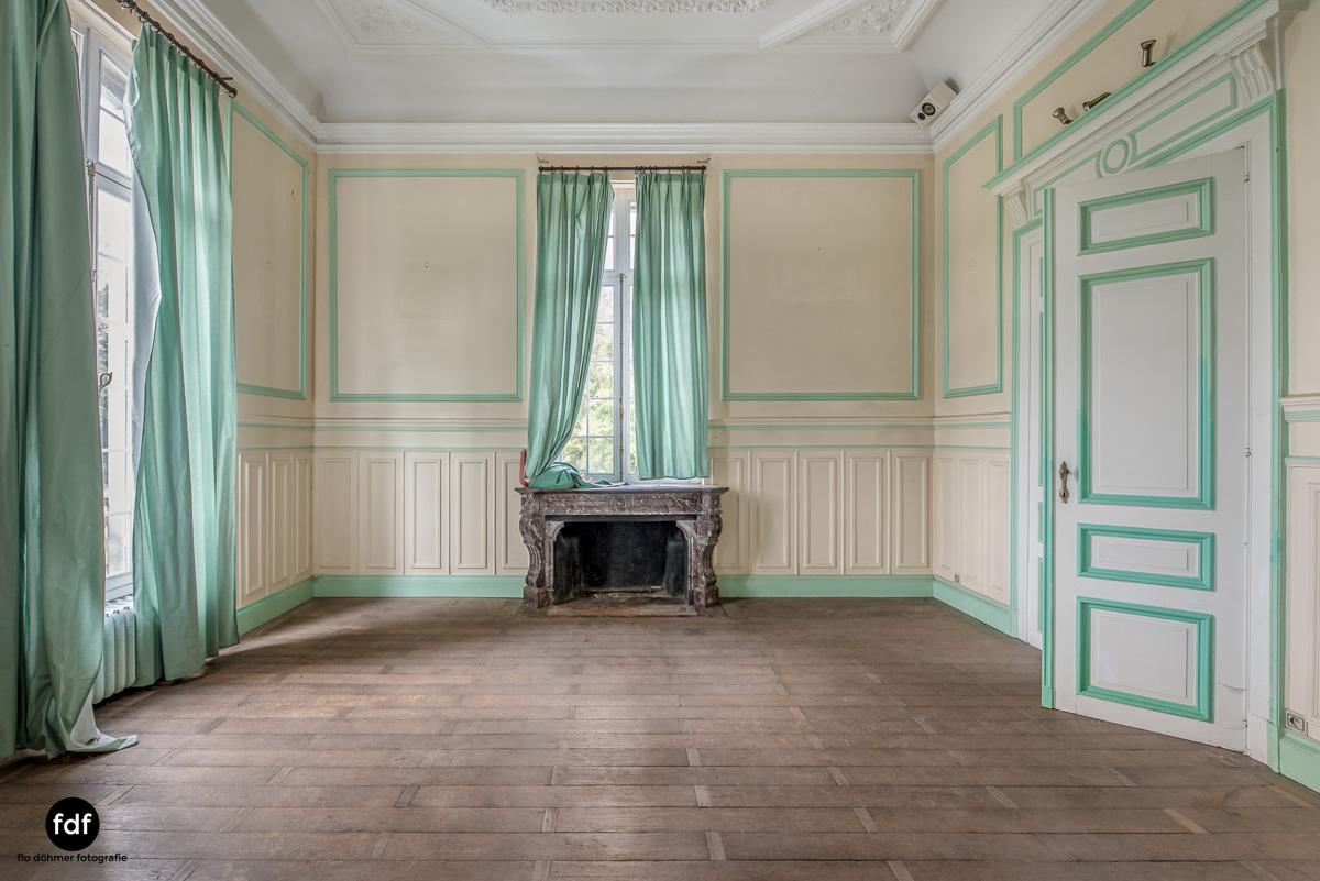 Hotel Cheminee Chateau Belgien Lost Place-10.JPG