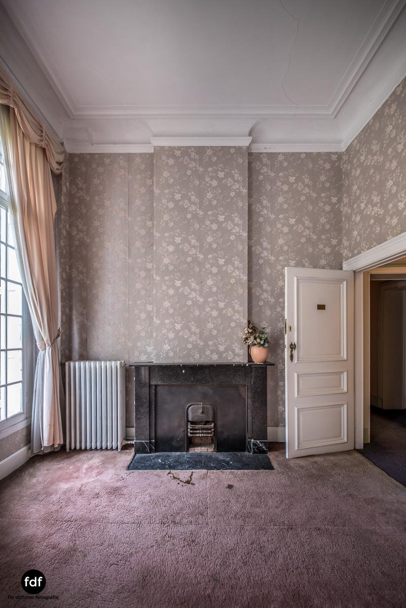 Hotel Cheminee Chateau Belgien Lost Place-39.JPG