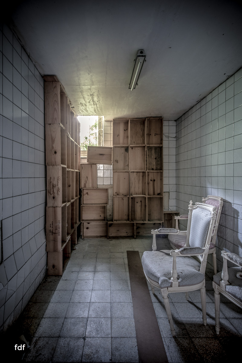 Hotel Cheminee Chateau Belgien Lost Place-69.JPG