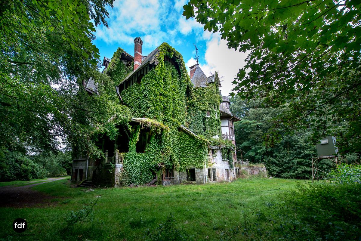 Chateau Nottebohm Landgut Belgien Lost Place-9.JPG