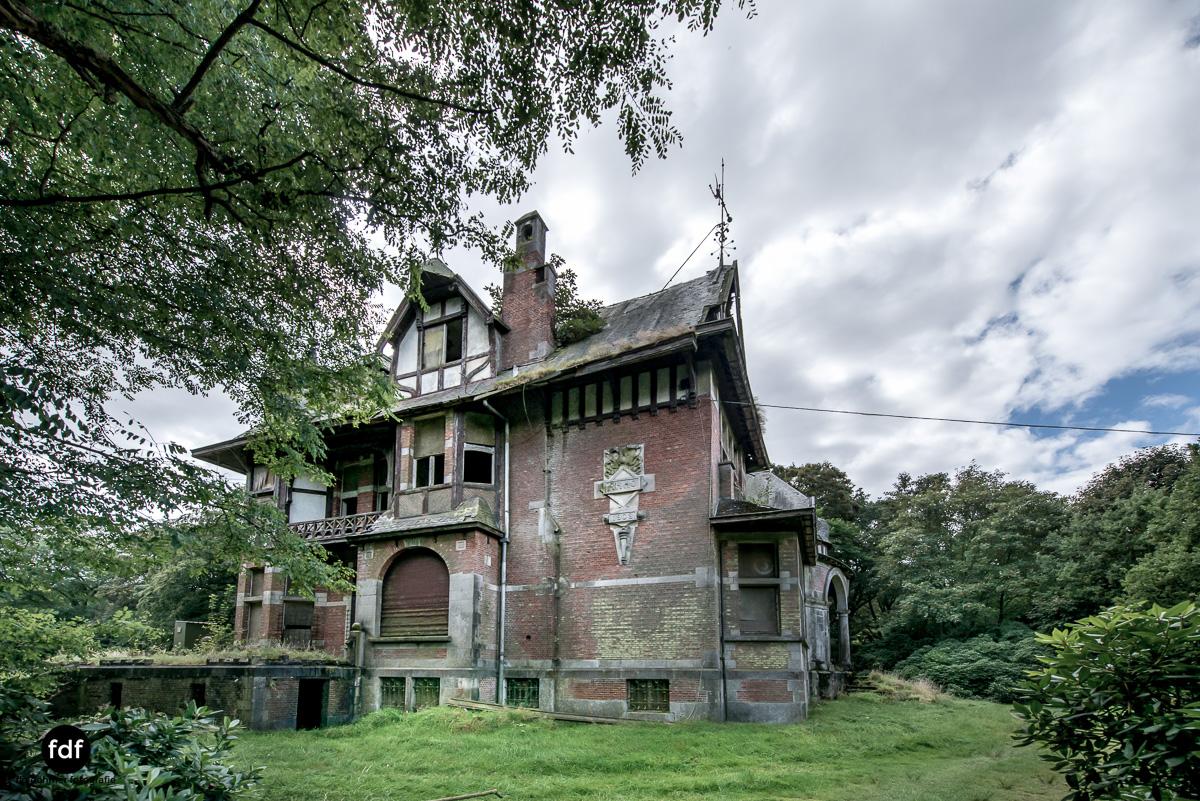 Chateau Nottebohm Landgut Belgien Lost Place-22.JPG