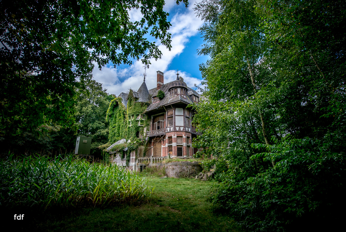 Chateau Nottebohm Landgut Belgien Lost Place-26.JPG