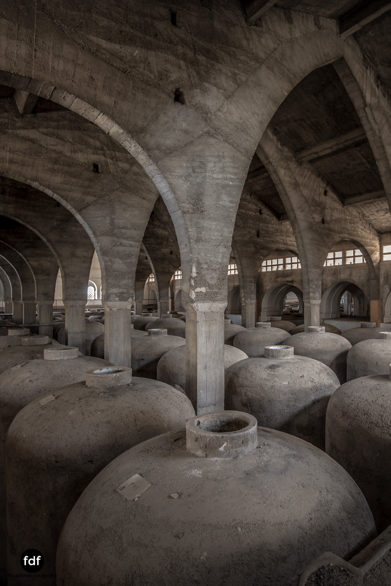 Bodega F Winzer Wein Spanien Lost Place-94.JPG