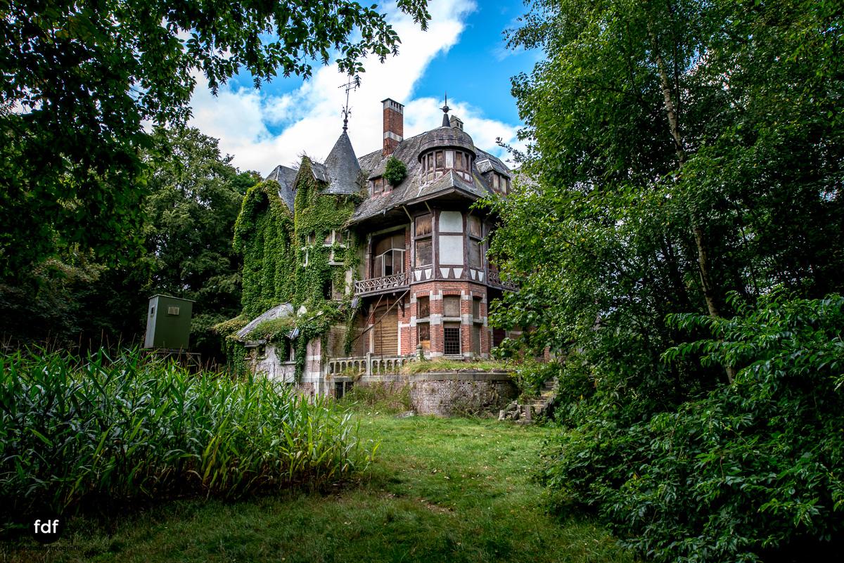 Chateau Nottebohm Landgut Belgien Lost Place-25.JPG