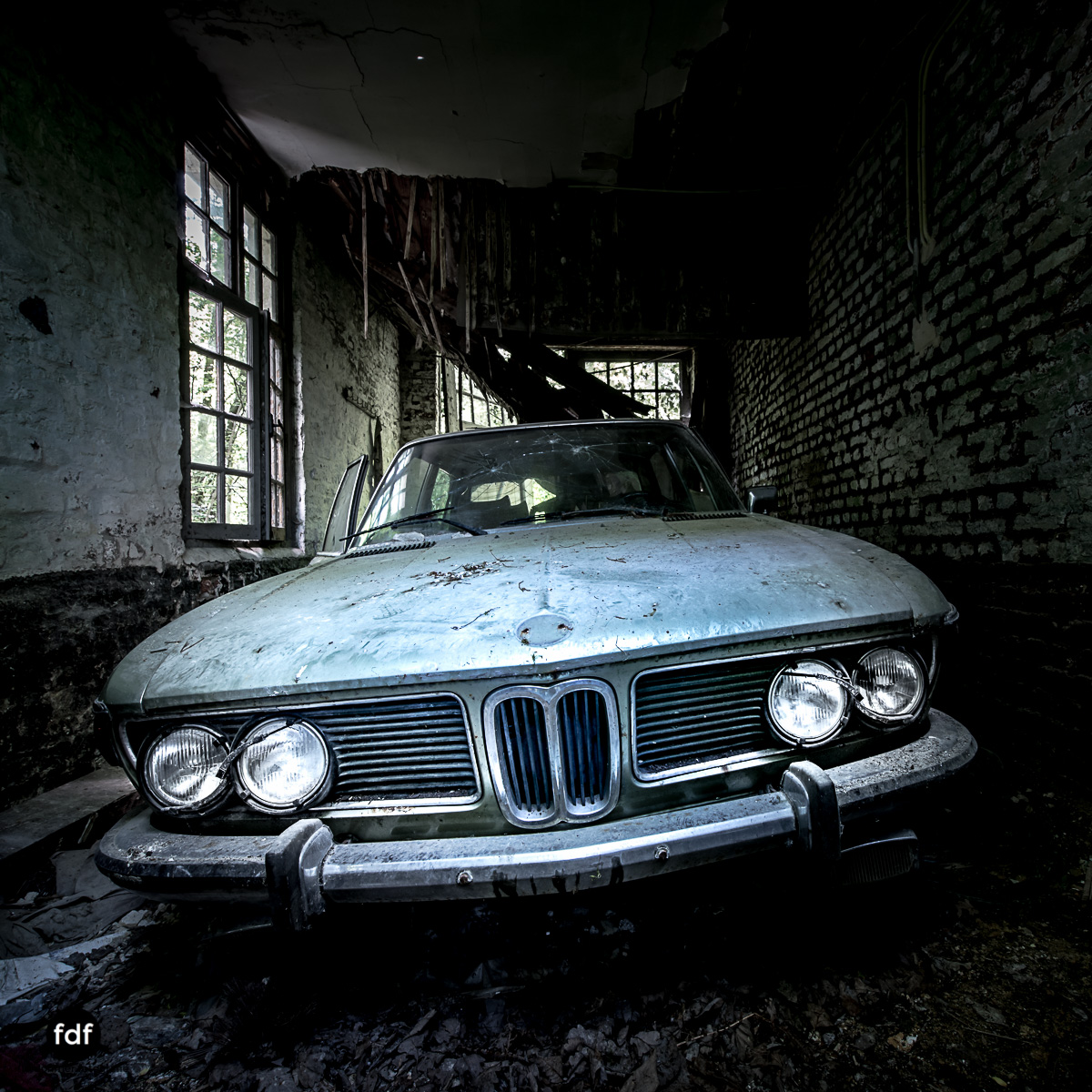 Villa BMW-Herrenhaus-Urbex-Lost-Place-Belgien-5.JPG