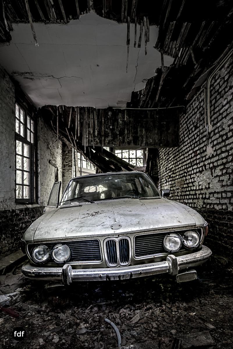 Villa BMW-Herrenhaus-Urbex-Lost-Place-Belgien-16.JPG