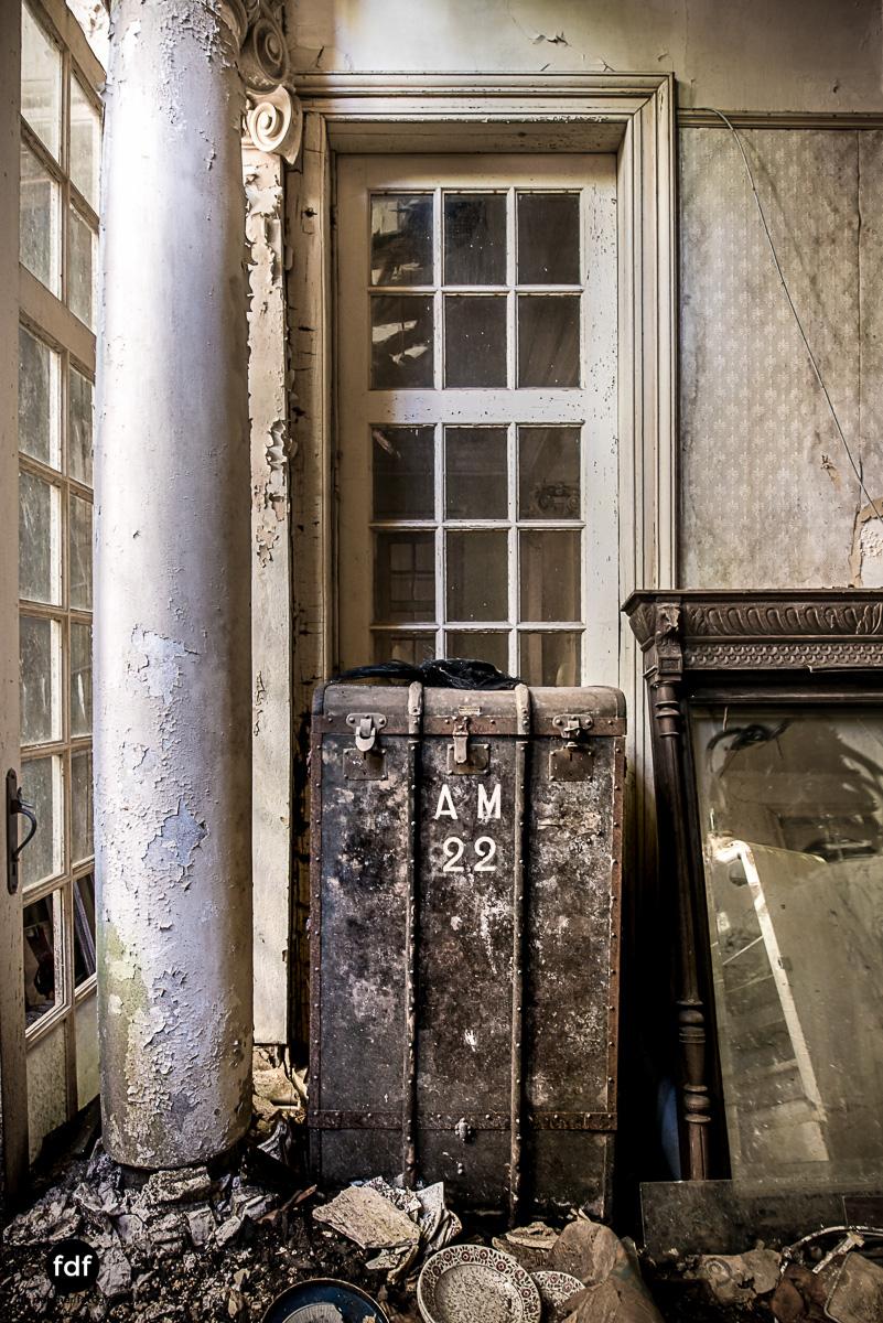 Villa BMW-Herrenhaus-Urbex-Lost-Place-Belgien-72.JPG