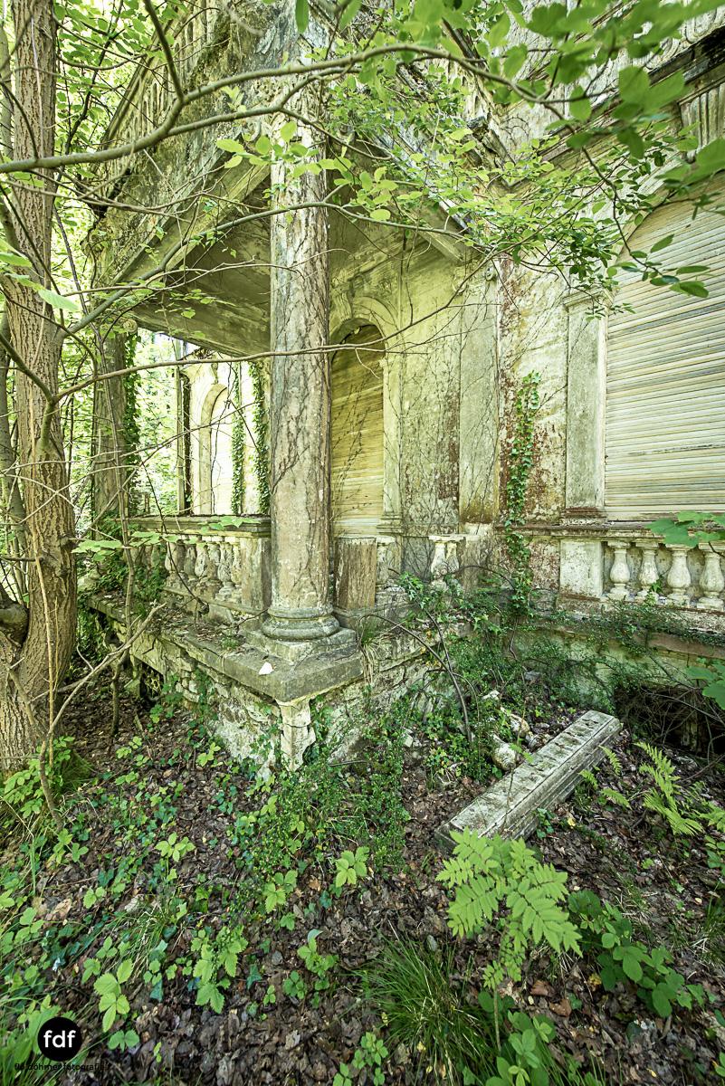Villa BMW-Herrenhaus-Urbex-Lost-Place-Belgien-106.JPG