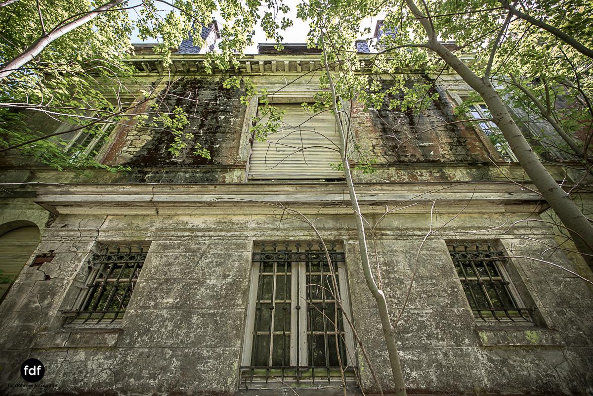 Villa BMW-Herrenhaus-Urbex-Lost-Place-Belgien-103.JPG