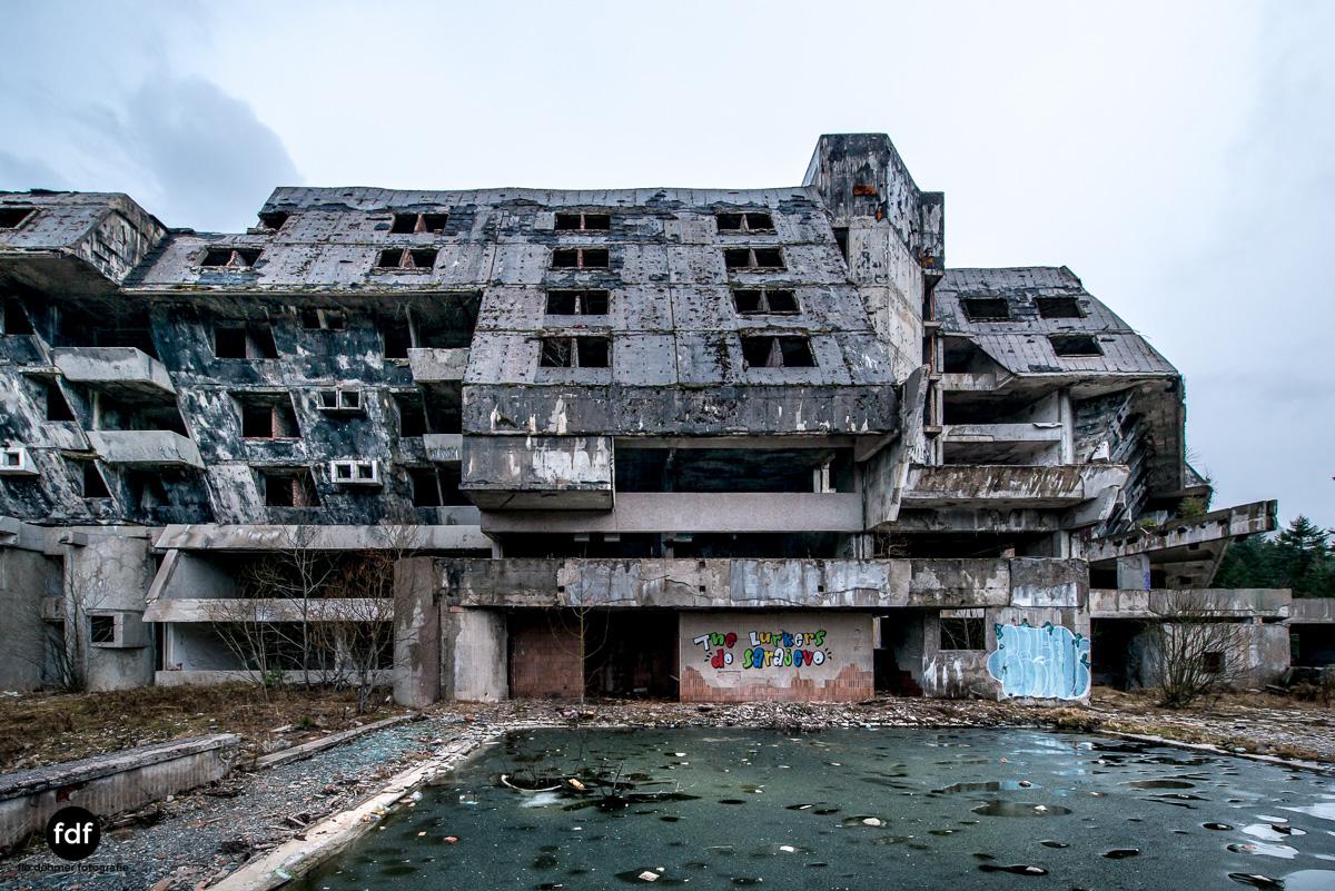 Hotel-Igman-Skijump-Skisprung-Sarajevo-Olympia84-Bosnien-Herzigowina-Lost-Place-2.JPG