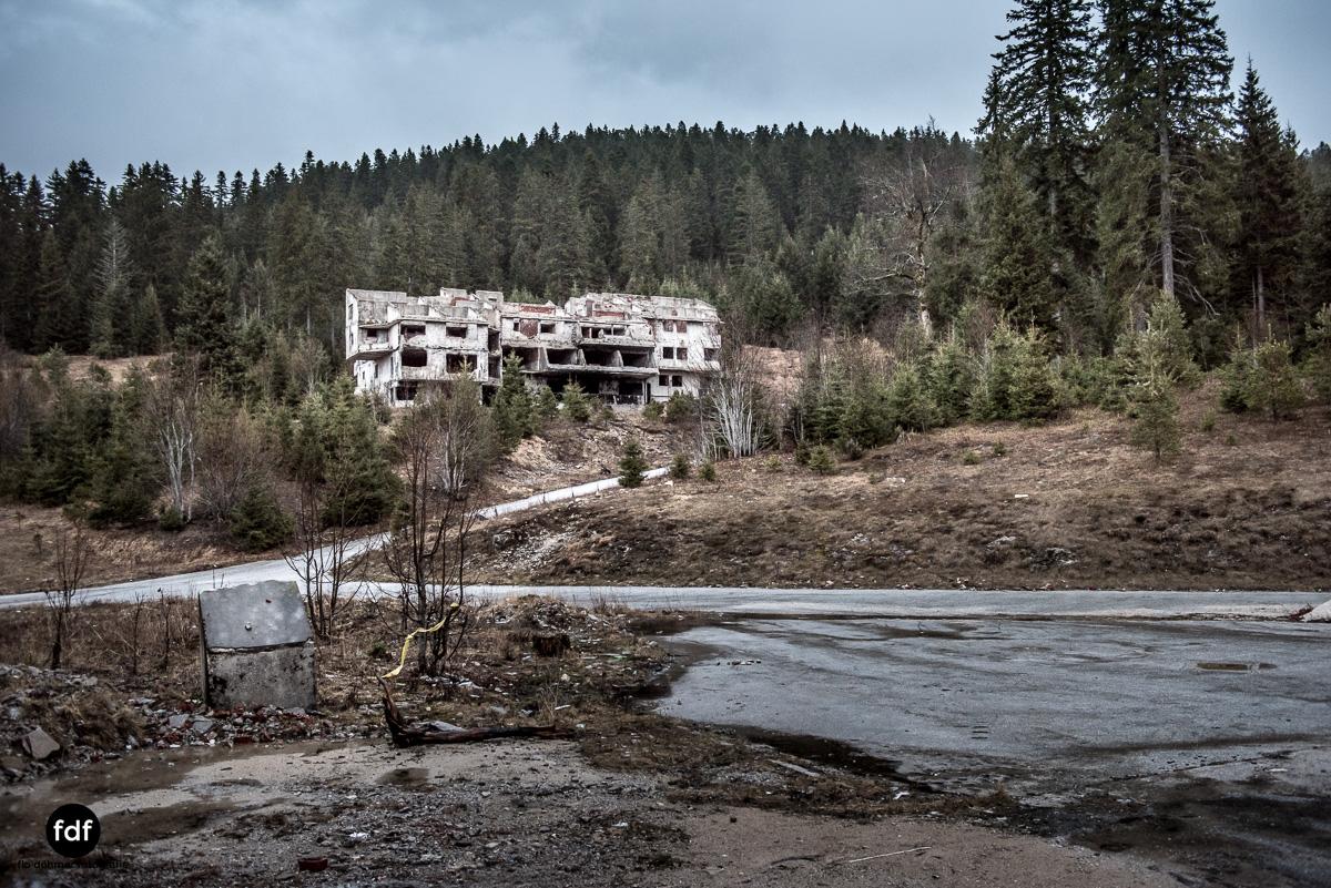 Hotel-Igman-Skijump-Skisprung-Sarajevo-Olympia84-Bosnien-Herzigowina-Lost-Place-14.JPG