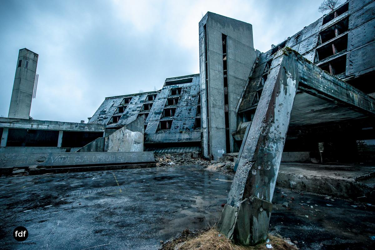 Hotel-Igman-Skijump-Skisprung-Sarajevo-Olympia84-Bosnien-Herzigowina-Lost-Place-15.JPG
