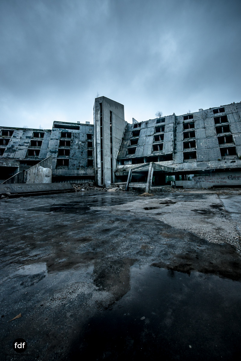 Hotel-Igman-Skijump-Skisprung-Sarajevo-Olympia84-Bosnien-Herzigowina-Lost-Place-18.JPG
