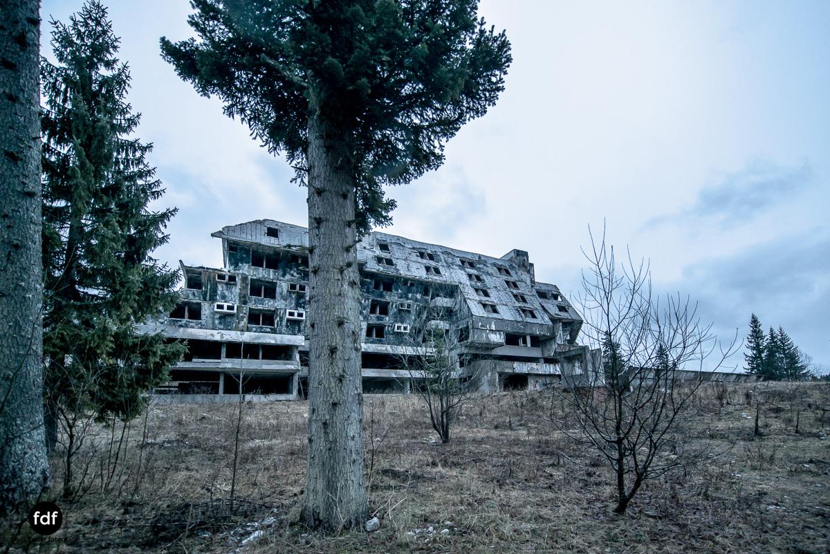 Hotel-Igman-Skijump-Skisprung-Sarajevo-Olympia84-Bosnien-Herzigowina-Lost-Place-27.JPG