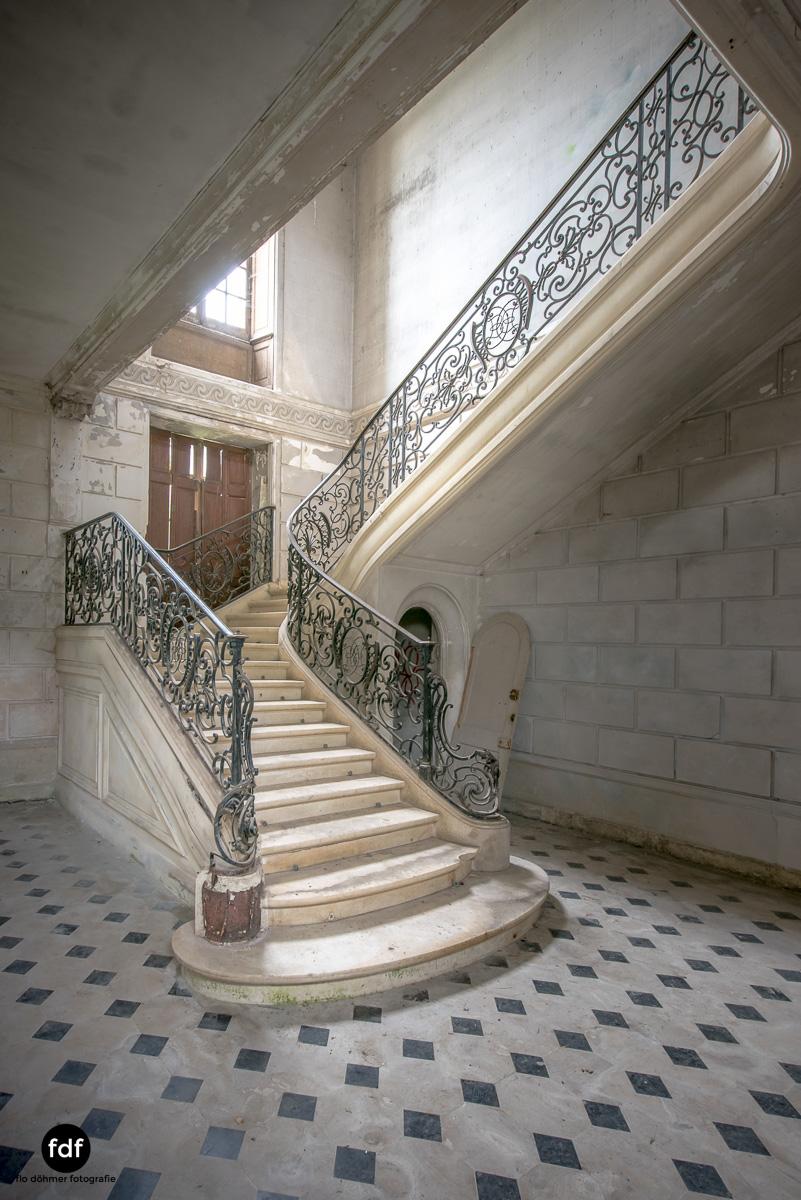 Chateau des Singes-Herrensitz-Lost Place-Frankreich-1.JPG