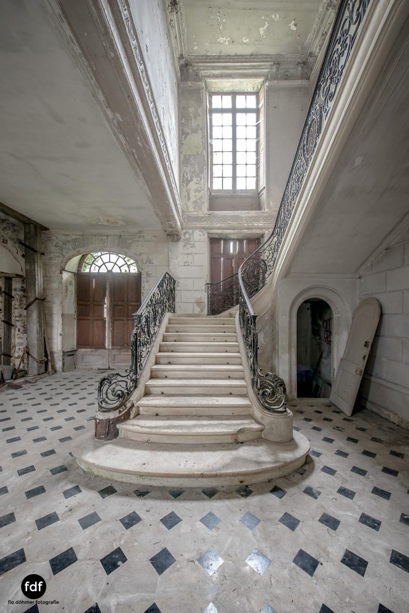 Chateau des Singes-Herrensitz-Lost Place-Frankreich-2.JPG