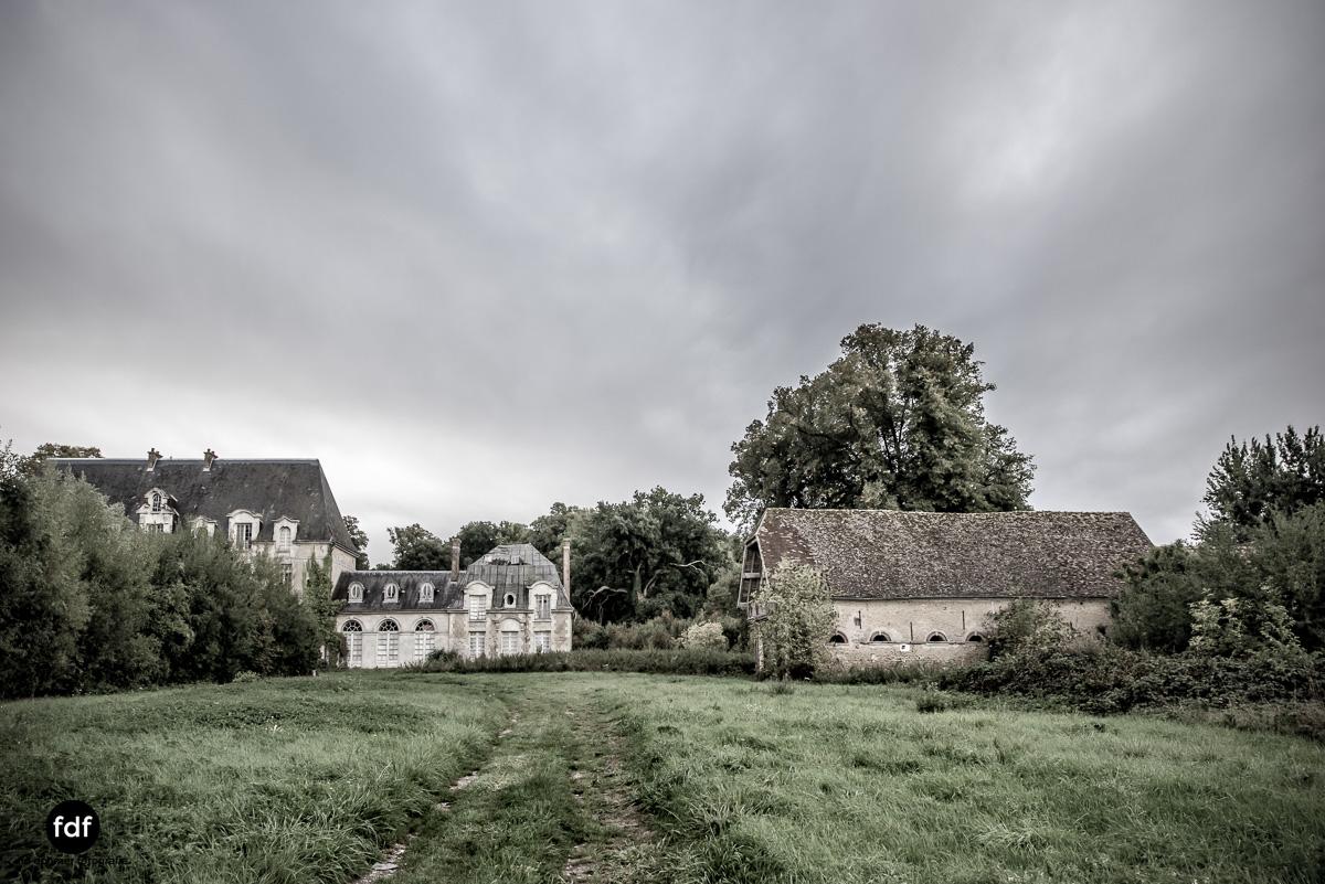 Chateau des Singes-Herrensitz-Lost Place-Frankreich-18.JPG