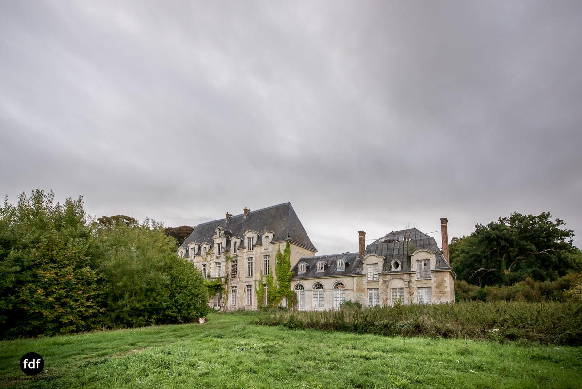 Chateau des Singes-Herrensitz-Lost Place-Frankreich-17.JPG