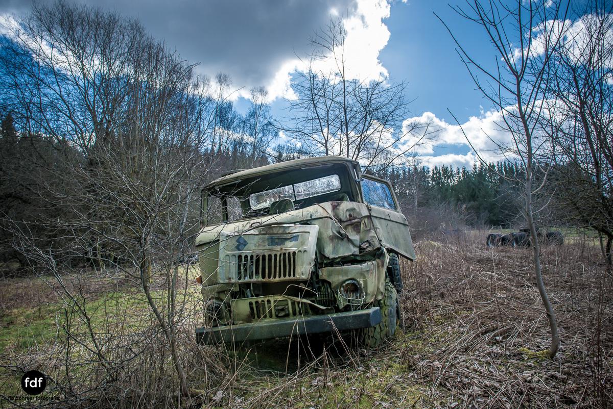 Traction Sud-Schrott-Militär-Lost Place-93.JPG