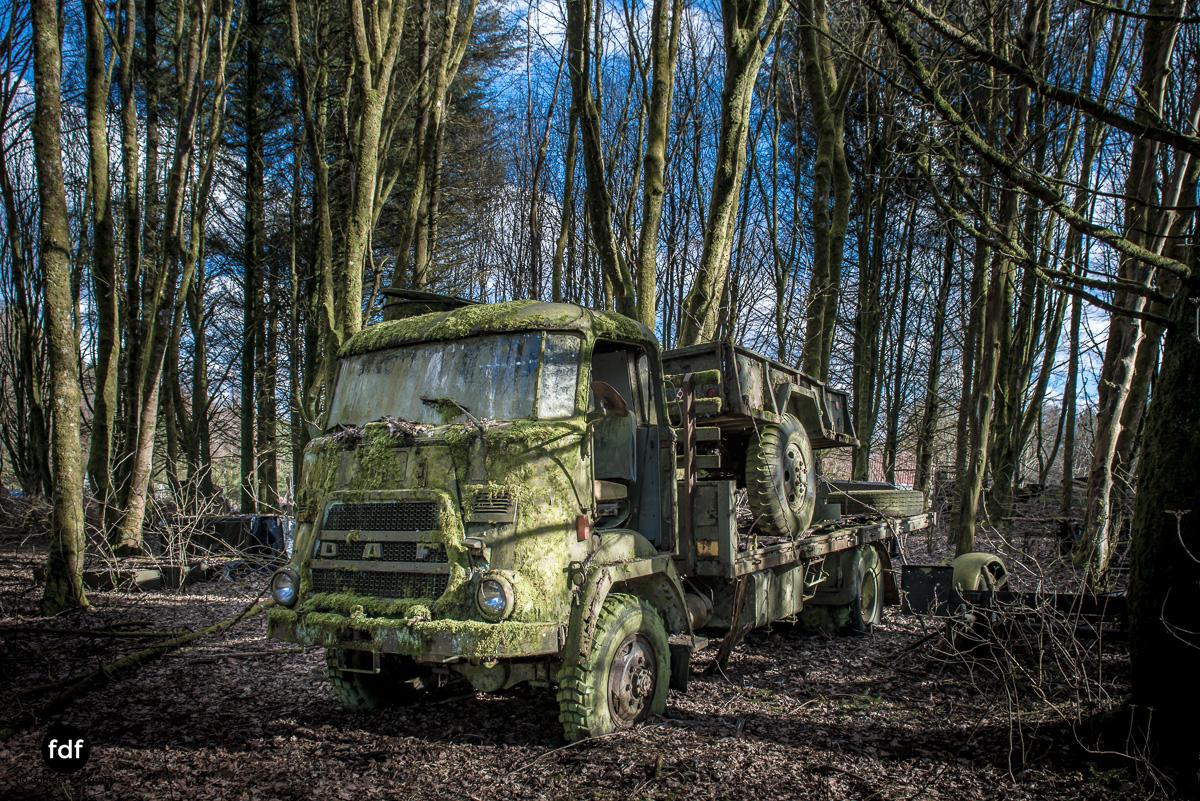 Traction Sud-Schrott-Militär-Lost Place-141.JPG